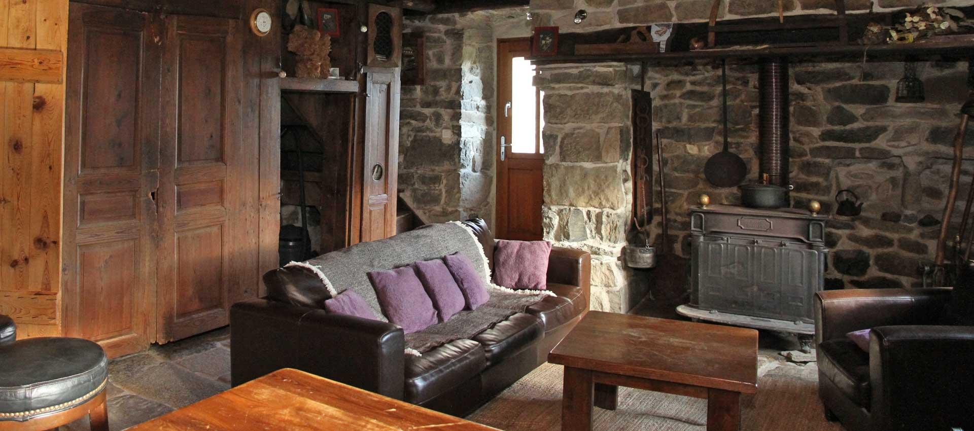 g te chambres et table d 39 h tes en ard che le mas de la sard che. Black Bedroom Furniture Sets. Home Design Ideas