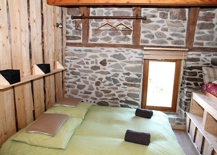 chambre d 39 h tes le pradou le mas de la sard che la rochette. Black Bedroom Furniture Sets. Home Design Ideas