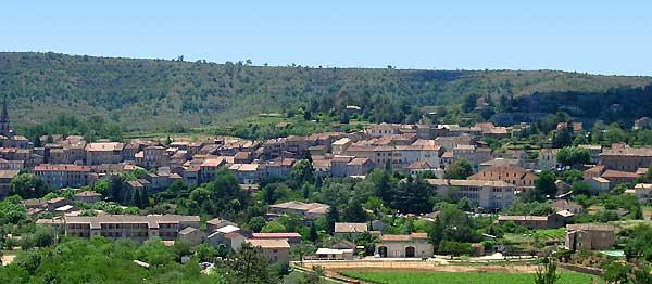 village de joyeuse